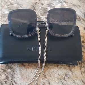 NEW, AUTHENTIC CHANEL Sunglasses with GOLD CHAIN